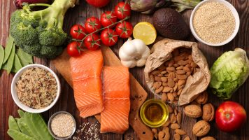 Essen Sie diese 8 Lebensmittel, um lange gesund zu bleiben